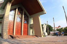 tampak depan gereja Yakobus-1